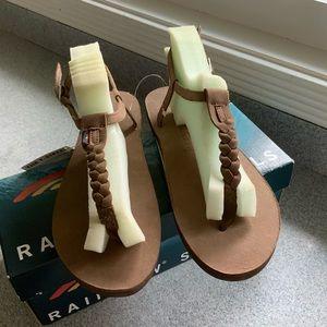 NWT Rainbow T-Street Leather Sandals